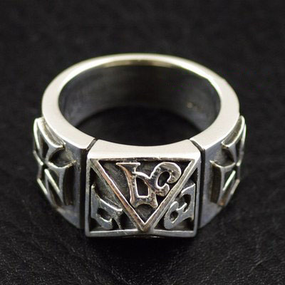 Japan import, pyramid Male design Silver Gothic Ring