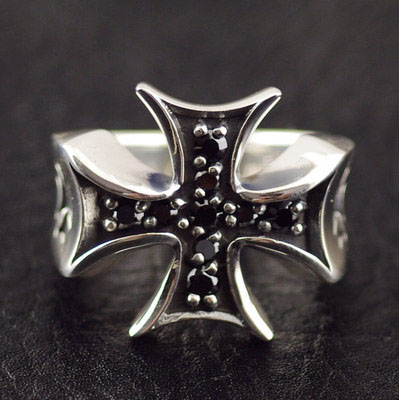 Japan import, 925 Sterling Silver set Black diamond cross medal Silver Gothic Ring