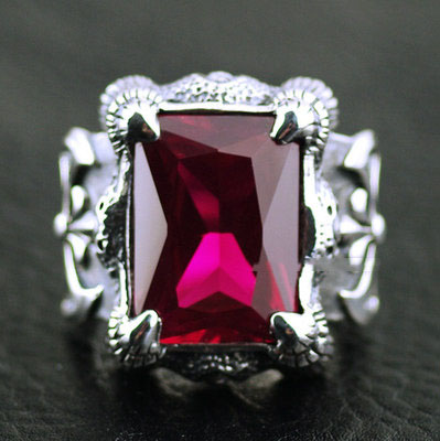 wine Red crystal surface Wealthy battle axe Silver Gothic Ring, Japan Origin import