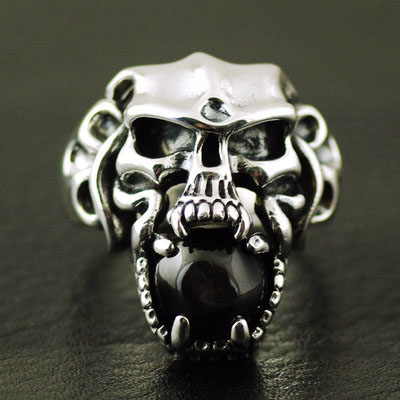 Japan import, 925 Sterling Silver pink vampire skeleton Male design Silver Gothic Ring