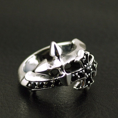 Japan import, 925 Sterling Silver staggered cross Silver Gothic Ring