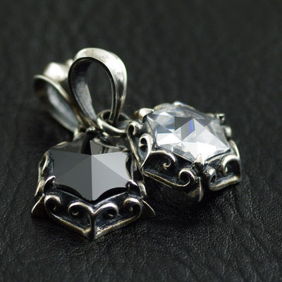 Japan import, 925 Sterling Silver six sided star set with Black white diamond couple pendant