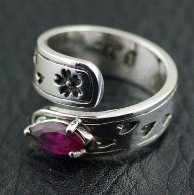Original Oriental vibrations Female Design Red corundum silver tail ring, open Ring