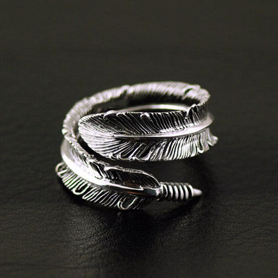Japan import, 925 Sterling Silver realistic feather Gothic Silver open Ring
