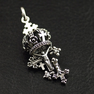Retro style lively crown and cross 925 Sterling Silver import Gothic Silver pendant
