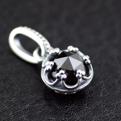 Japan import, surface Black stone crown 925 Sterling Silver pendant