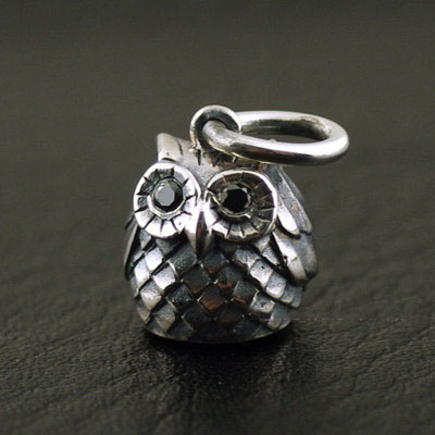Japan import, 925 Sterling Silver Female Design cute solid ?owl pendant