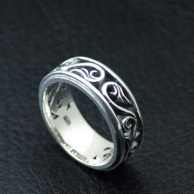 Japan import, 925 Sterling Silver Hollow Grass Curves Silver Gothic Ring