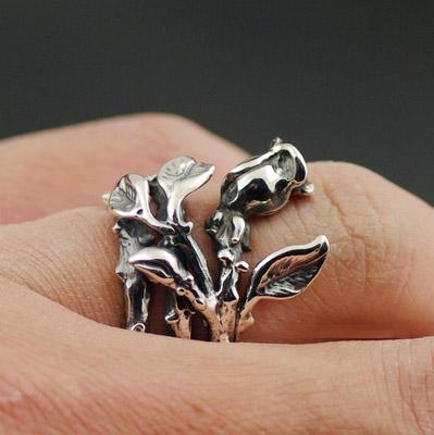 Japan import, wrapped ring rose open Silver Gothic Ring