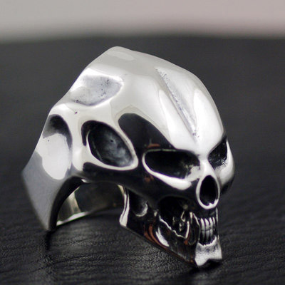 Japan import, CRAZY PIG shiny forehead grinning skeleton import Silver Gothic Ring