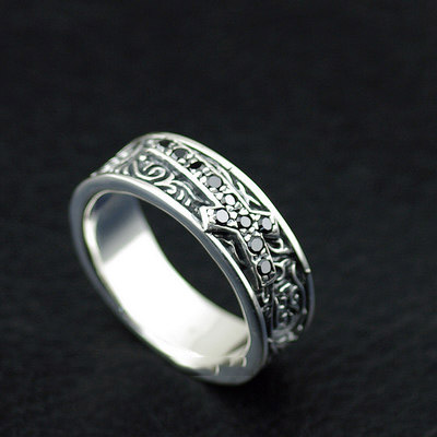 Japan import, Gothic Style flower vine black diamond cross Silver Gothic Ring