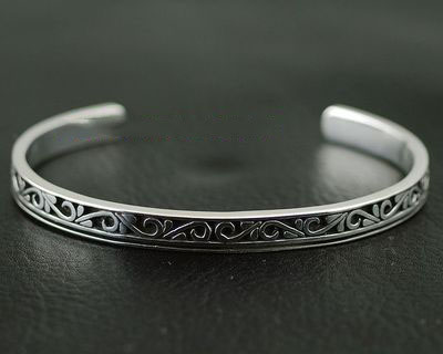 Japan import, Male Design Gothic Style florial 925 Sterling Silver open bangle
