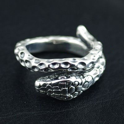 Japan import, 925 Sterling Silver Gothic Silver designed with opening big snake Ring