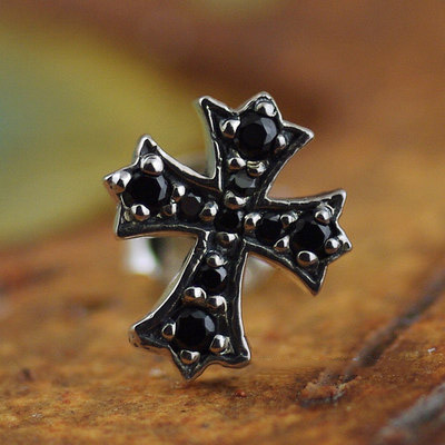 Japan import, fully set with stone Gothic Silver cross earstud