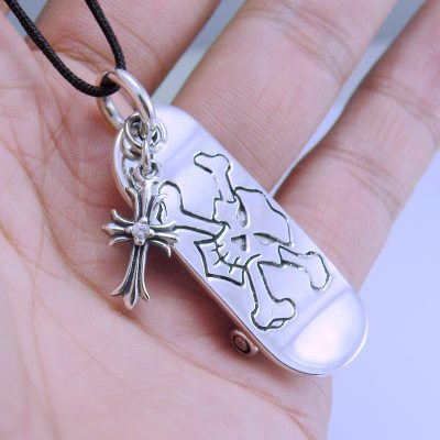 CRAZY PIG bone skeleton skateboard cross male pendant 925 Sterling Silver Japan import