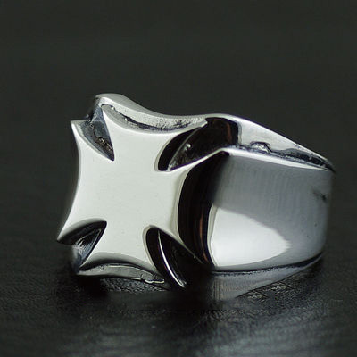 Japan import, 925 Sterling Silver Cross War badge ring