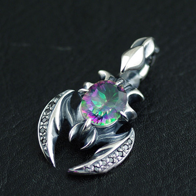 Japan import, Japanese Retro style 925 Sterling Silver colored stones poisonous scorpion pendant