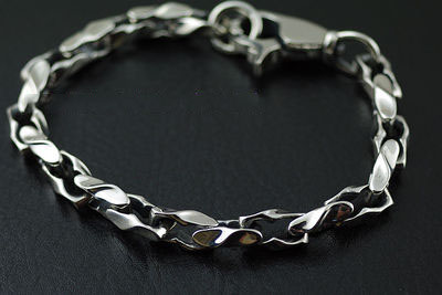 Japan import, 925 Sterling Silver simple Male design twisted pattern Gothic Silver Bracelet