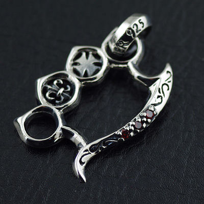Japan import, 925 Sterling Silver set with diamonds handcuffs pendant