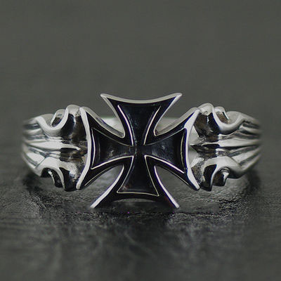 Japan import, refined cross medal Silver Gothic Ring, Gothic Silver tail ring