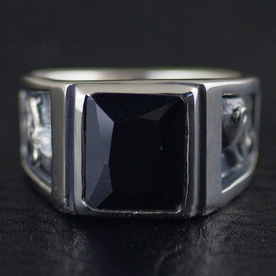 Japan import, 925 Sterling Silver Wealthy cheetah design Male design Black Onyx ring surface gothic male ring