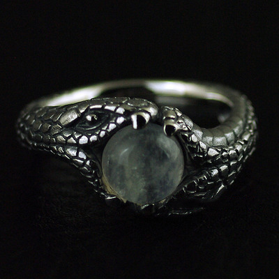 Japan import, natural moonstone ring surface double snake Silver Gothic Ring