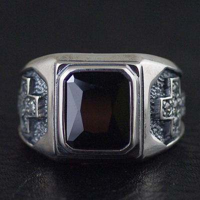 Japan import, 925 Sterling Silver Wealthy Male design Black Onyx ring surface gothic male ring