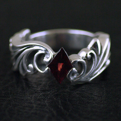Japan import, wave design Gothic Style 925 Sterling Silver Gothic Ring