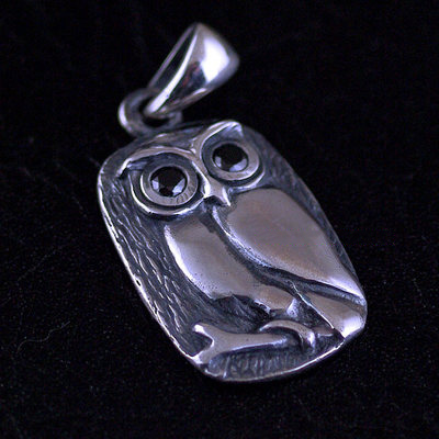 Japan import, Retro style 925 Sterling Silver tree owl Gothic Silver pendant