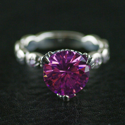 Japan import, Female Design three claws Pink diamond Silver Gothic Ring