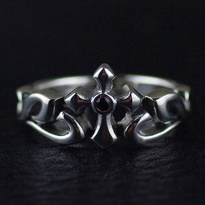 Japan import, Unisex 925 Sterling Silver cross Silver Gothic Ring, (can be tail ring)