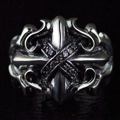 Japan import, 925 Sterling Silver Wealthy Male design interception cross Silver Gothic Ring