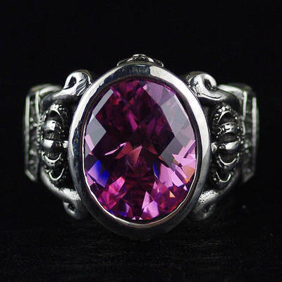 Japan import, sweet Female Design Gothic Style 925 Sterling Silver JUSTIN DAVIS Pink diamond Silver Gothic Ring