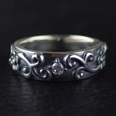 Japan import, Gothic Style 925 Sterling Silver florial Silver Gothic Ring (can be tail ring)