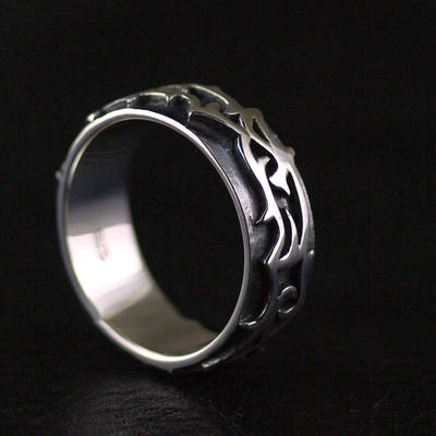 Japan import, Gothic Style 925 Sterling Silver vine pattern Silver Gothic Ring