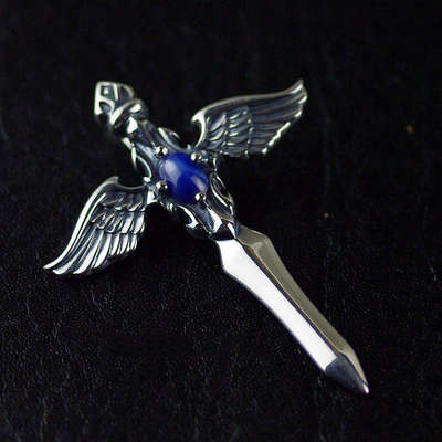 Japan import, 925 Sterling Silver blue precious stone Kings sword Gothic Silver pendant