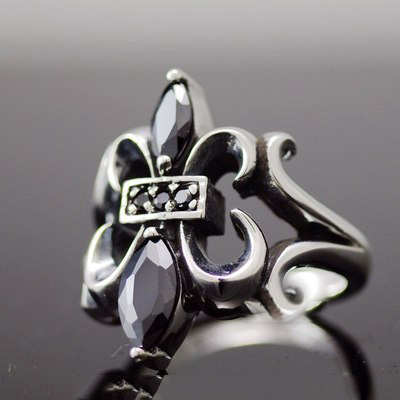 Japan import, set with Black Onyx lively flower anchor lily designs male Silver Gothic Ring