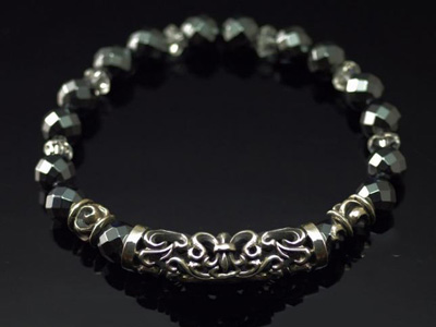 Japan import, hollow flower anchor, Arabesque florial Gothic Silver Black stone Bracelet
