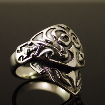 Japan import, Retro style dual joint movable armour 925 Sterling Silver Gothic Ring