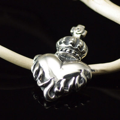 Import Gothic Silver pendant, 925 Sterling Silver Retro style cross crown flame hearts pendant