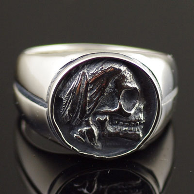 Japan import, 925 Sterling Silver Indiana skull Silver Gothic Ring