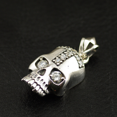 Japan import, CRAZY PIG design 925 Sterling Silver set with diamonds Regret skull Gothic Silver pendant